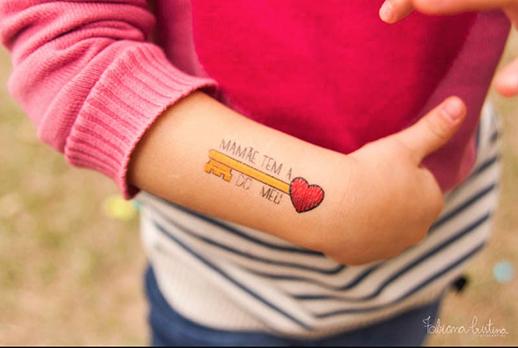 napracinha_dinoleta_tatuagem3